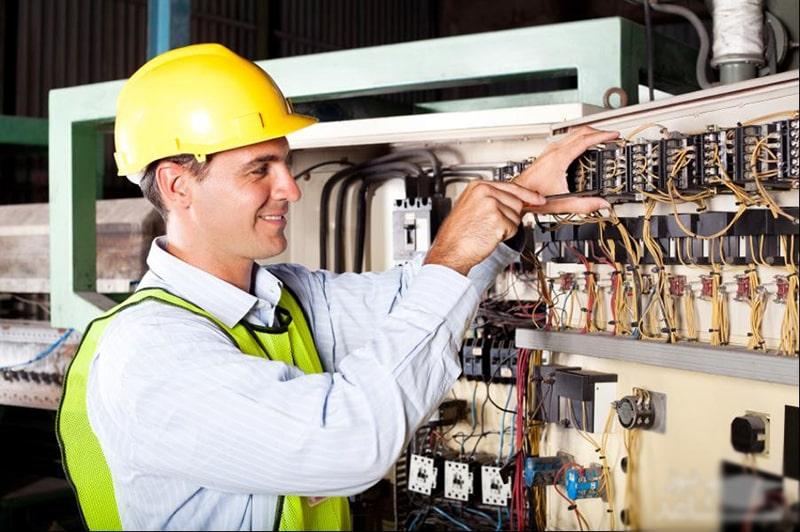 برق صنعتی چیست و شامل چه مواردی می شود؟
