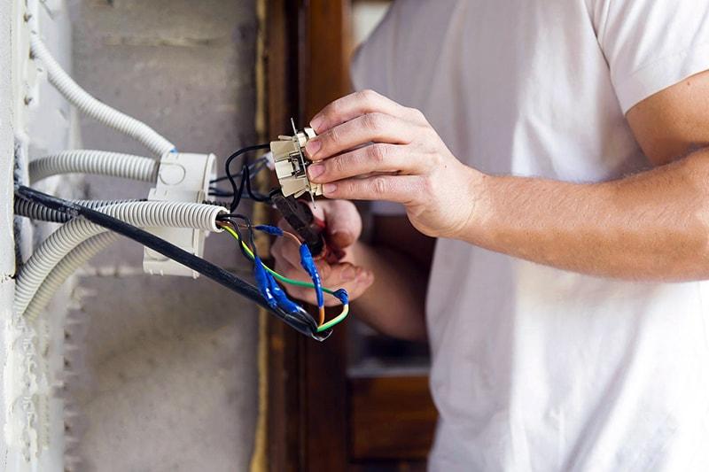 سیم کشی ساختمان – برقکاری ساختمان